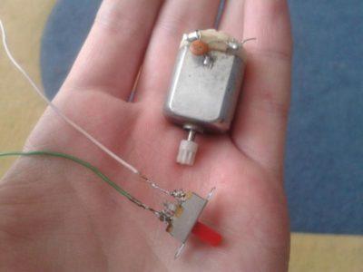 как правильно припаять конденсатор