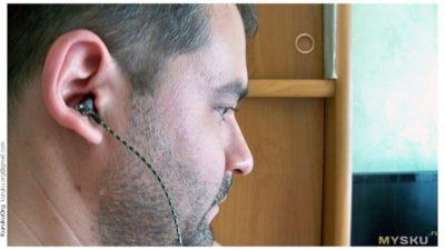 наушники бьют током в ухо что делать