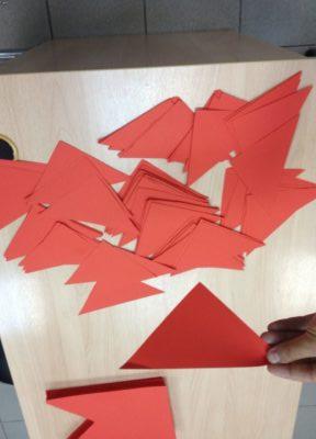 как сделать флажки из бумаги