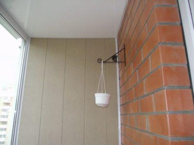 как вывести розетку на балкон