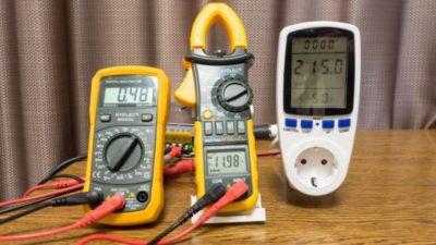 как измерить силу тока в розетке