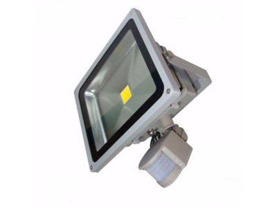 как подсоединить светодиодный прожектор с тремя проводами