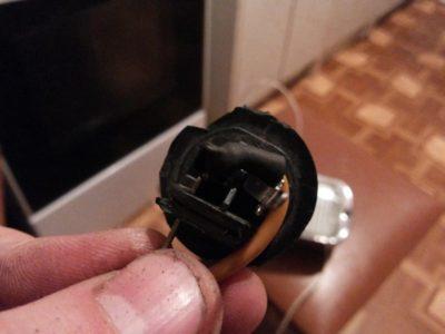 как поменять лампочку на фольксваген поло