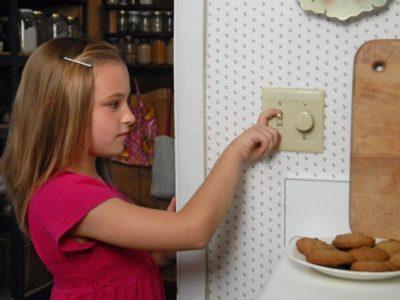 как сэкономить на электричестве в частном доме